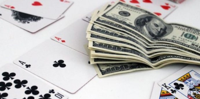 Untuk Bermain Poker